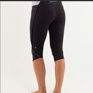 Lululemon Run: Fast and Free crop leggings size 8